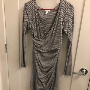 Low neck dress